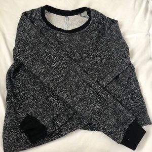 Fabletics cropped sweatshirt (m)